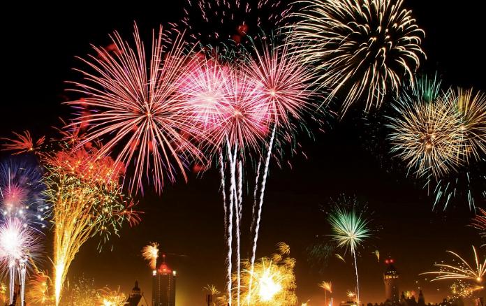 soundproof dog kennel fireworks