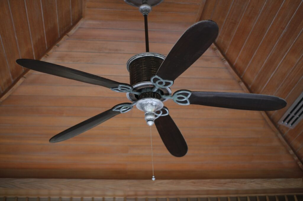 silent fan on ceiling